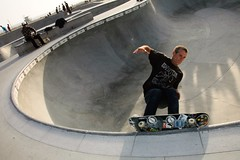 Adam Paul Murdering the coping at Venice Skatepark (Adam-Paul) Tags: fuckyou ap dogtown zboy adampaul veniceskatepark skatenazi