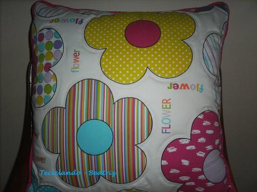 Almofada decorativa infanto juvenil by Teciclando artes em tecidos