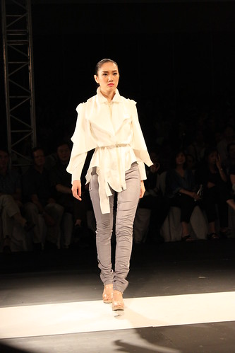 Regine Dulay - Visions & Trends, PFW Holiday 2011