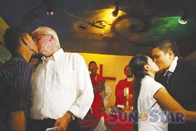 baguio-mass-gay-wedding-2011-06-26