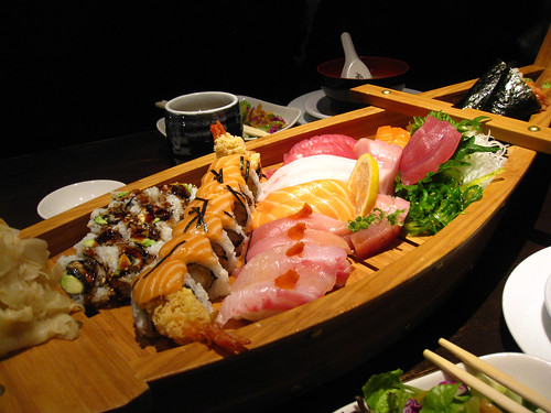 Sushi boat platter
