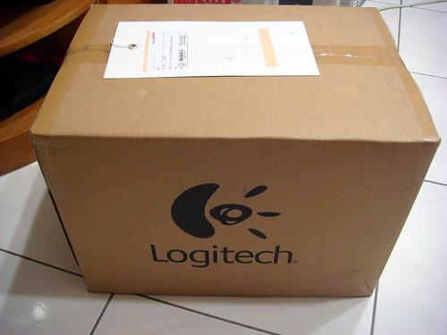 Logitech Z623 2.1 聲道喇叭