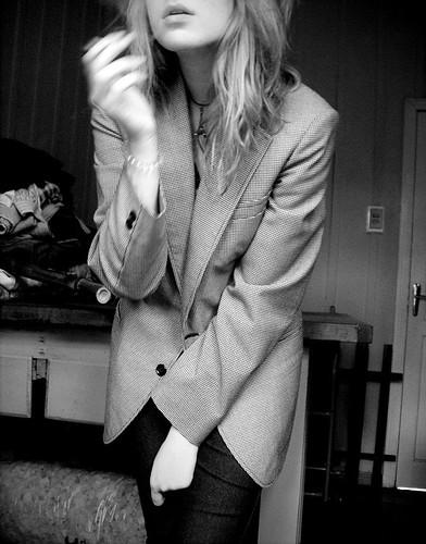 smoke with smoking; by Letícia Manosso