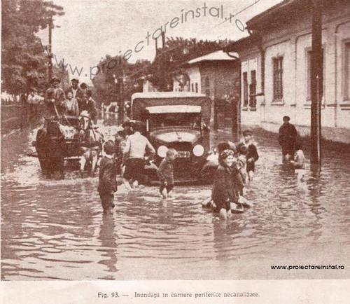 poza 12 -  Inundatii in cartiere perifcerice necanalizate