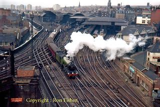 R1472.  4472 at Newcastle.  9th May, 1964.