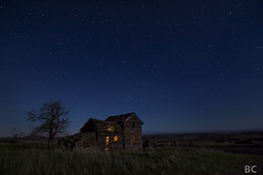 Attack of the ROU's (Ben Canales) Tags: house abandoned night stars washington glow starry bencanales thestartrail