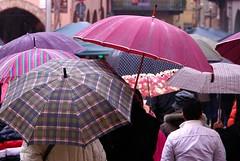Jour de pluie (claudio malatesta) Tags: rain umbrella pentax pluie musicorso parapluie k7 claudiomalatesta claudebenasouli