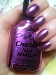 Sally Hansen Chrome Nail Makeup Violet Sapphire Chrome swatch