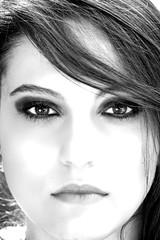 Giovanna Furlan (tanaka_fer) Tags: brazil portrait bw retrato pb highkey tanakafer byfernandotsilva facebookcomfernandotakashi