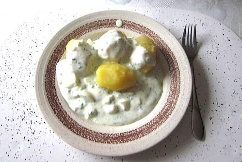 Grüne Sauce & Pellkartoffeln / Green sauce & Potatoes