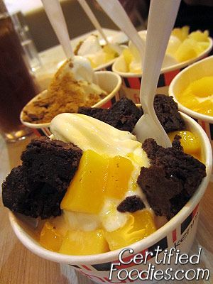 Kenny Rogers' Frozen Yoghurt with various toppings - CertifiedFoodies.com