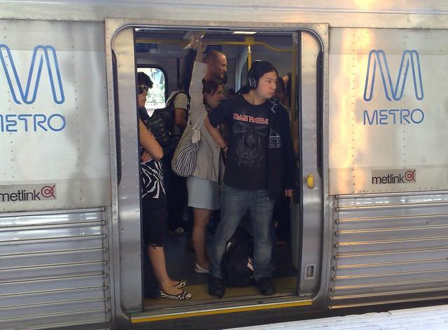 Potd:周末火车过度拥挤
