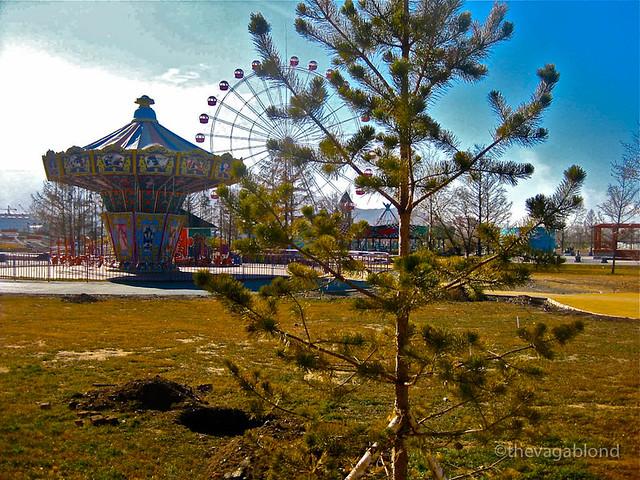 Creepy Fairground-2.jpg