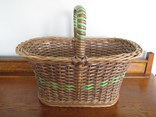 second hand basket