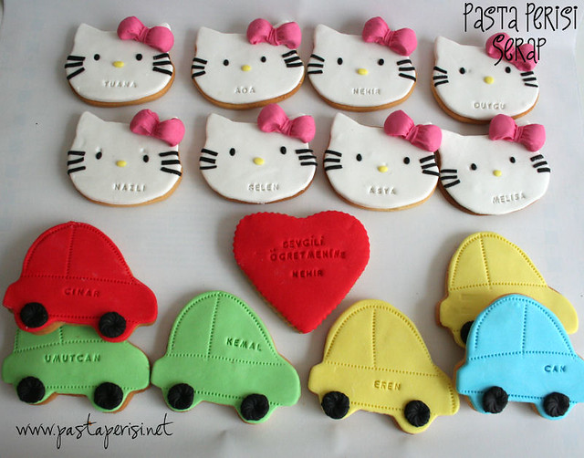 Hello kitty cookie- cars cookie
