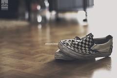 welcome home (Maegondo) Tags: wood white black home fashion comfortable canon germany bayern deutschland bavaria 50mm wooden cozy shoes dof floor bokeh 14 livingroom vans usm hazy creamy ingolstadt eos550d