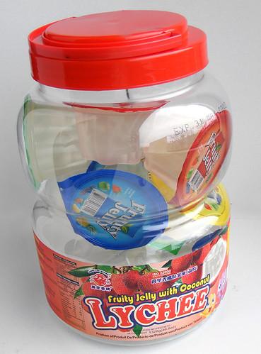 Pot met lychee jelly snoepjes