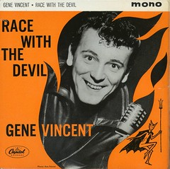 Reslo RV Ribbon Microphone - Gene Vincent 1962 (Reslosound) Tags: analog studio capitolrecords rockabilly microphone ribbon analogue mic recording ep 45rpm 7inch genevincent reslo racewiththedevil reslosound reslorvribbonmicrophone