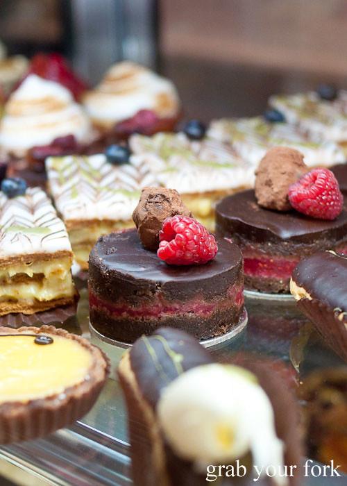 la banette chocolate raspberry cake dessert