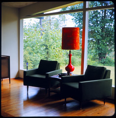 North Bellevue House - Bellevue WA 1963 (KurtClark) Tags: wood orange tlr window lamp modern floors century washington chairs slide 127 wa ashtray yashica mid bellevue 44 midcentury yashica44 floortoceiling autaut afgachrome
