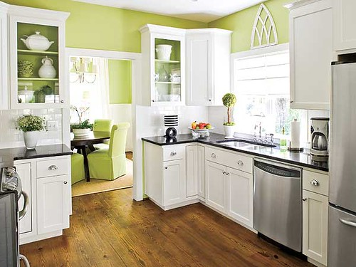 green-kitchen-paint-colors
