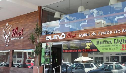 Camarões à vontade no restaurante Sumô Med