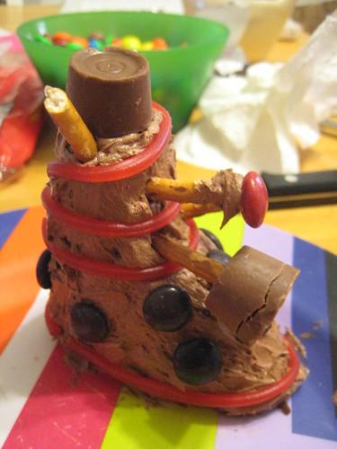 Mini Dalek cake