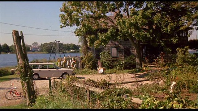 Mystic Pizza - Tim Travers' house