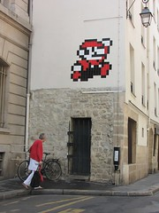 Space Invader PA_953 : Paris 4eme (tofz4u) Tags: street red people white streetart paris tile rouge mosaic spaceinvader spaceinvaders mario invader rue 75004 blanc mosaque artderue pa953