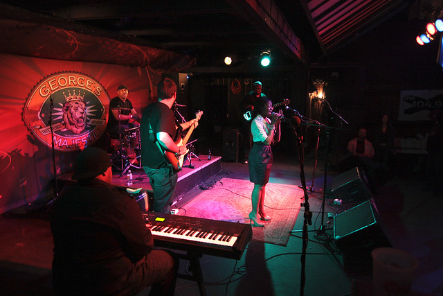 Black Pearl performing at NAMAs 2011