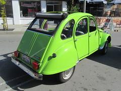 Citroen 2CV - 1966 (MR38) Tags: green french small citroen 1966 micro 2cv