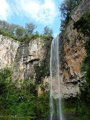 We head back to the falls (TrekSnappy) Tags: australia roadtrip queensland springbrooknationalpark