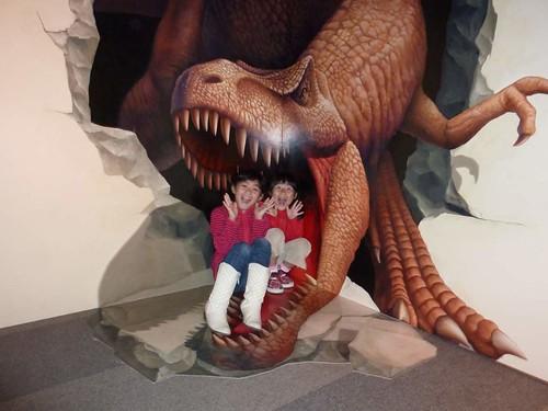 恐竜に食べられてみたり