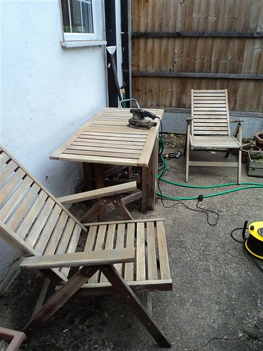 Garden furniture - stain or oil? - MoneySavingExpert com Forums