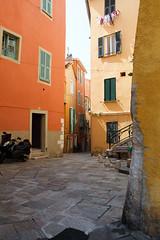 Little courtyard (mirsasha) Tags: france april canon2470mm28l 2011 villefranchesurmer 5dmarkii