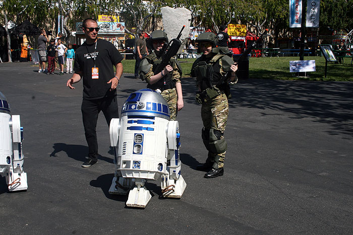 R2D2 and Marines
