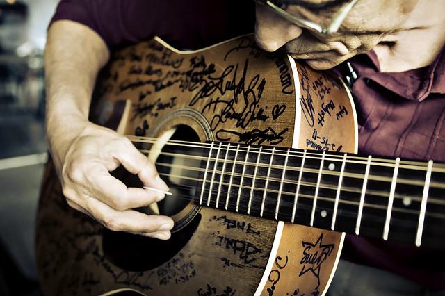 12 String Blues..........