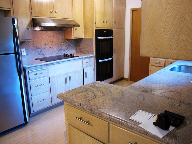 granite.kitchen