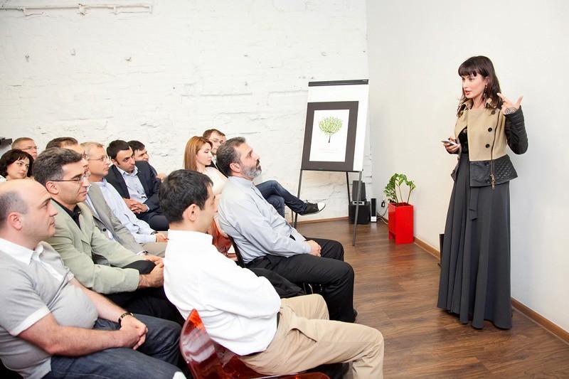 Тина Канделаки на презентации образовательного проекта «Айбрикосовый сад»