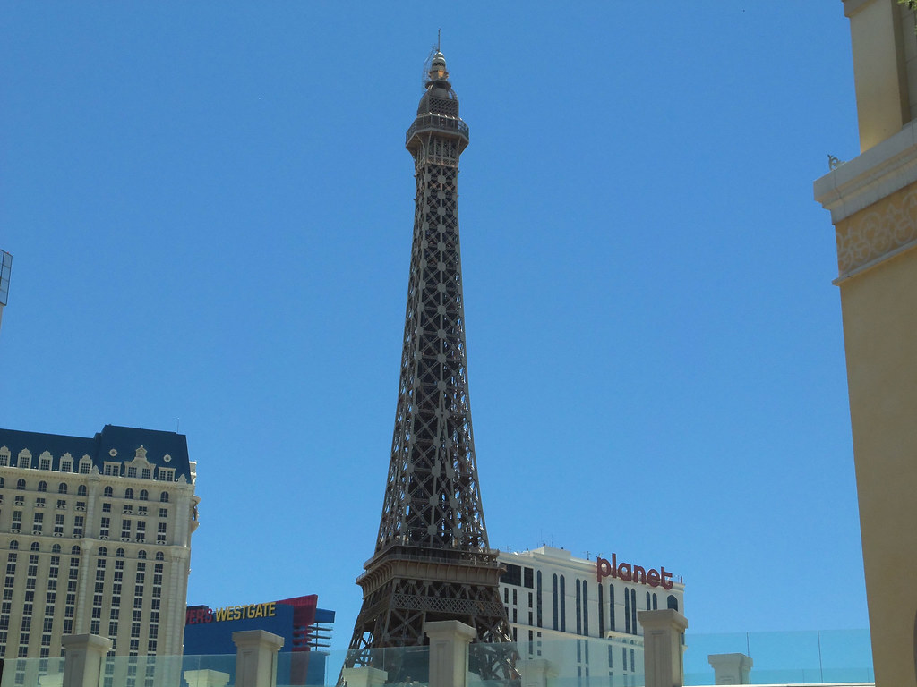 - Eiffel Tower / Paris Hotel Las Vegas -