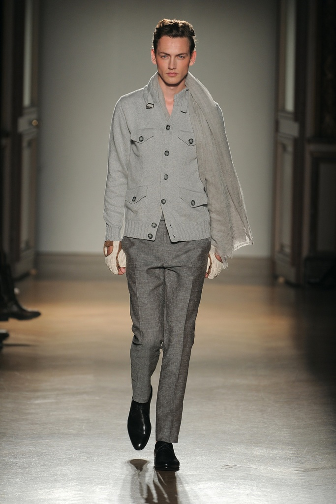 Jakob Hybholt3909_SS12 Paris Smalto(Homme Model)