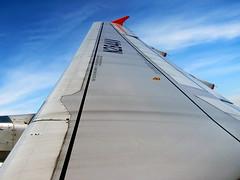 Airbus A320-200 Avianca (Christ M.) Tags: bogota view flight wing ala airbus vista aire turning a320 vuelo pereira avianca