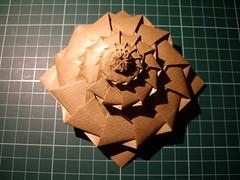 12-sided flower tower (Dasssa) Tags: origami chrispalmer dodecagon flowertower decreeping