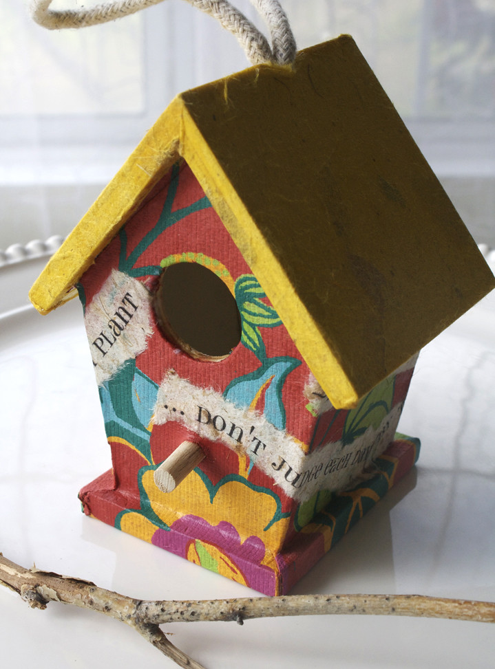 LITTLE BIRDIE HOUSE