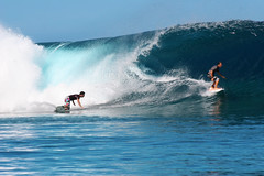 Two surfers conquering a wave at Teahupoo. (cookiesound) Tags: trip travel vacation holiday travelling canon photography reisen surf fotografie surfer urlaub tube wave surfing surfboard tahiti canoneos reise bigwaves bigwavesurfing frenchpolynesia travelphotography travelphotos reisefotografie teahupoo surfphotography hugewave travelshots reisefotos reisetagebuch tubesurfing reisebericht surfingphotography cookiesound surfingtahiti nisamaier surfingteahupoo ulrikemaier surfingfrenchpolynesia suferteahupoo surfinteahupoo tubesurfer