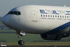 4X-EAD - 22975 - El Al Israel Airlines - Boeing 767-258ER - 110408 - Luton - Steven Gray - IMG_3929