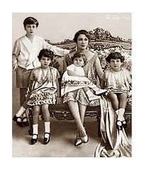 H.M. Queen Nazli With Cheldren; Farouk, Fawzia, Faiza & Faika - Abdien Palace In 1927 [B] (Tulipe Noire) Tags: africa 1920s children princess egypt middleeast prince palace farouk queen cairo egyptian nazli 1927 faiza faika fawzia abdine