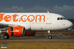 G-EZII - 2471 - Easyjet - Airbus A319-111 - Luton - 110117 - Steven Gray - IMG_8005