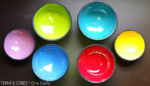 Tigelinhas Pretas e Coloridas by cris couto 73