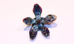 Silvered Blue Flower Bead (SimplP) Tags: flower art glass torch bead lampwork pendant flamework hotglass borosilicate torchwork